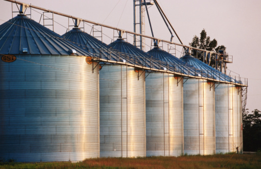 Agricultural Building「Rice silos in the Delta, United States of America」:スマホ壁紙(0)