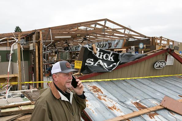 Jessica McGowan「23 Killed As Tornadoes Sweep Across Southeast Causing Widespread Damage」:写真・画像(14)[壁紙.com]