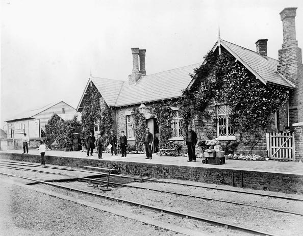 Railroad Station「Carshalton Station」:写真・画像(15)[壁紙.com]
