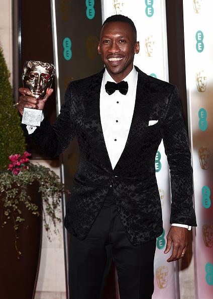 Eamonn M「EE British Academy Film Awards Gala Dinner - Red Carpet Arrivals」:写真・画像(1)[壁紙.com]