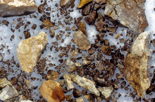 Kennicott Glacier「Rock debris in melting ice on Kennicott Glacier」:スマホ壁紙(14)