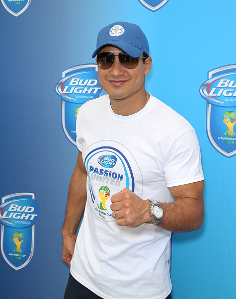Mario Lopez「Bud Light And Budweiser Vegas World Cup Viewing Party - Day 2」:写真・画像(4)[壁紙.com]