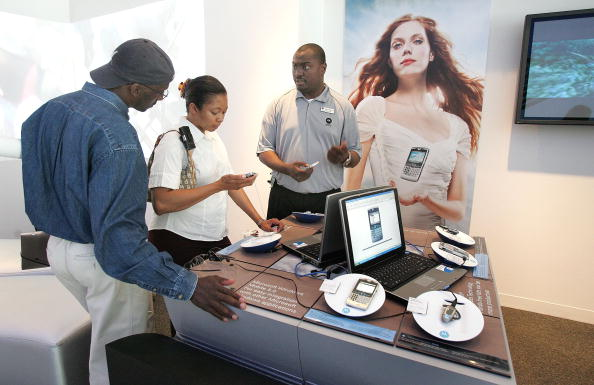 Wireless Technology「Motorola Opens Retail Store In Chicago」:写真・画像(14)[壁紙.com]