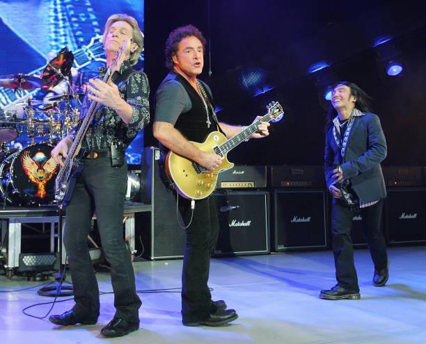 Journey In Concert At Planet Hollywood:ニュース(壁紙.com)