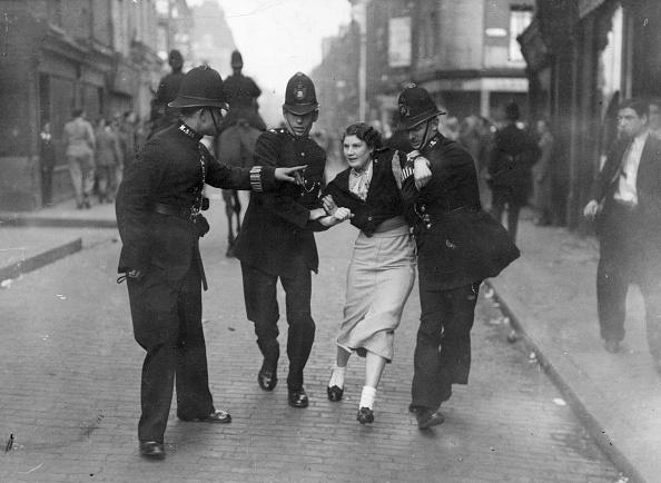 Street「Arrested Demonstrator」:写真・画像(17)[壁紙.com]
