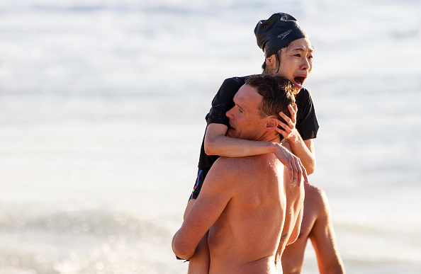 Damaged「Swimmer Rescued From Bronte Beach As Massive Swells Hit Sydney Beaches」:写真・画像(1)[壁紙.com]