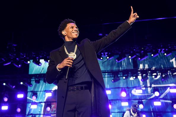 Humor「STARZ POWER Season 6 Red Carpet And Premiere Event At Madison Square Garden」:写真・画像(2)[壁紙.com]
