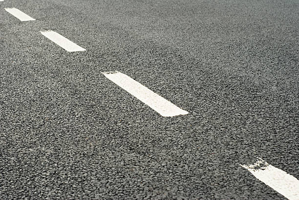 Road Markings: Dividing Line:スマホ壁紙(壁紙.com)
