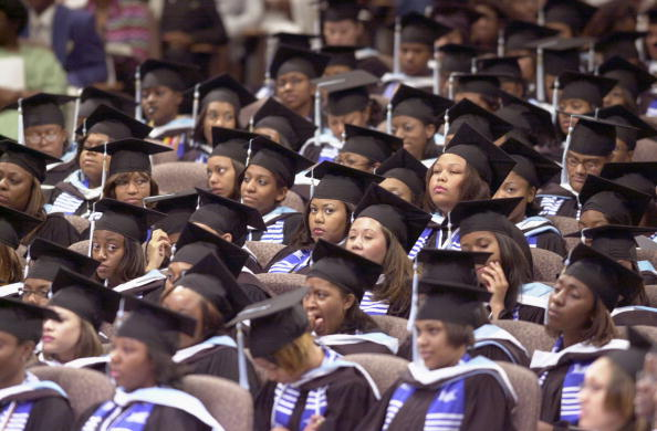 University「Danny Glover at Spelman College Commencement」:写真・画像(6)[壁紙.com]