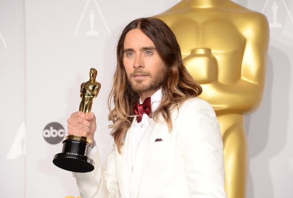 Oscar Statuette「86th Annual Academy Awards - Press Room」:写真・画像(17)[壁紙.com]