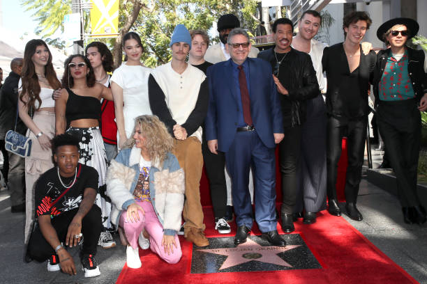 Sir Lucian Grainge Honored With A Star On The Hollywood Walk Of Fame:ニュース(壁紙.com)