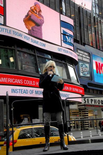 Suave「Jenny McCarthy Launches Suave's Beauty Stimulus」:写真・画像(9)[壁紙.com]