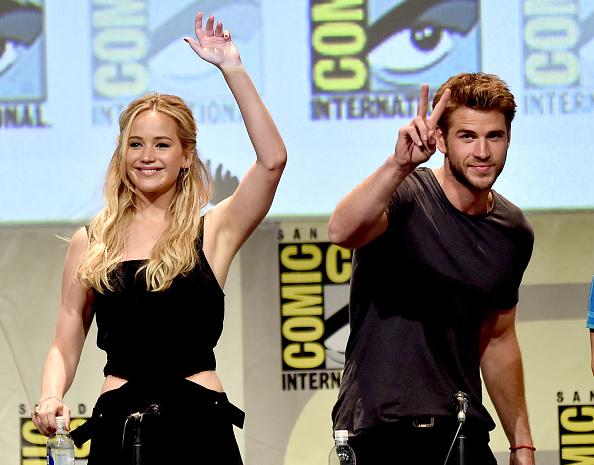 コミコン「Comic-Con International 2015 - 'The Hunger Games: Mockingjay Part 2' Panel」:写真・画像(1)[壁紙.com]