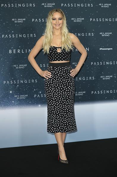 カメラ目線「'Passengers' Berlin Photocall And Press Conference」:写真・画像(12)[壁紙.com]