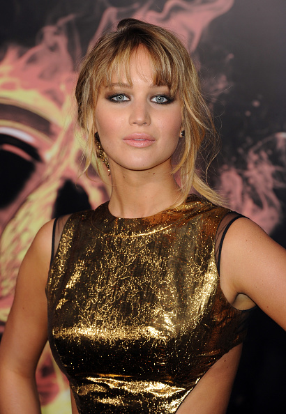 "Bangs「Premiere Of Lionsgate's ""The Hunger Games"" - Arrivals」:写真・画像(18)[壁紙.com]"