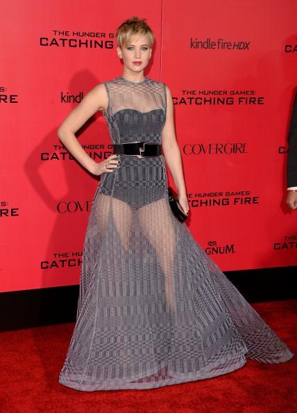 ショートヘア「Premiere Of Lionsgate's 'The Hunger Games: Catching Fire' - Arrivals」:写真・画像(14)[壁紙.com]