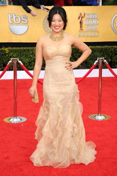 Strapless Dress「17th Annual Screen Actors Guild Awards - Arrivals」:写真・画像(13)[壁紙.com]