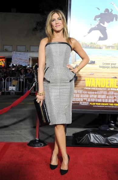"Westwood Neighborhood - Los Angeles「Premiere Of Universal Pictures' ""Wanderlust"" - Red Carpet」:写真・画像(17)[壁紙.com]"
