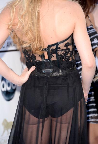 Embroidery「2013 Billboard Music Awards - Arrivals」:写真・画像(18)[壁紙.com]