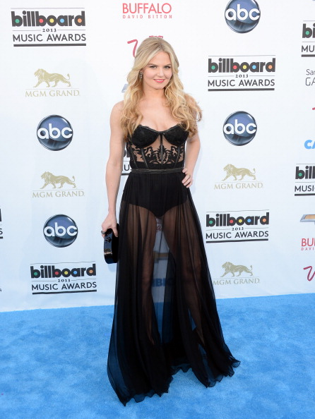 MGM Grand Garden Arena「2013 Billboard Music Awards - Arrivals」:写真・画像(3)[壁紙.com]