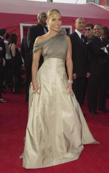 Chanel Dress「38690035osca_20010325_00253.jpg」:写真・画像(0)[壁紙.com]