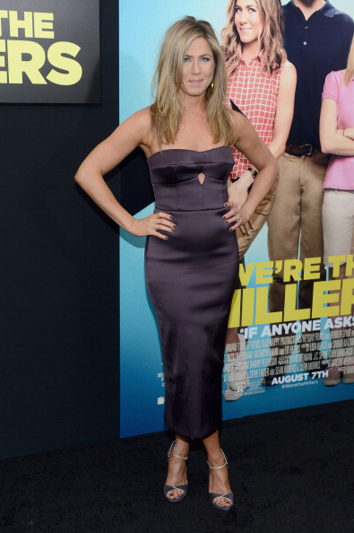 "Keyhole Neckline「""We're The Millers"" New York Premiere - Red Carpet」:写真・画像(3)[壁紙.com]"