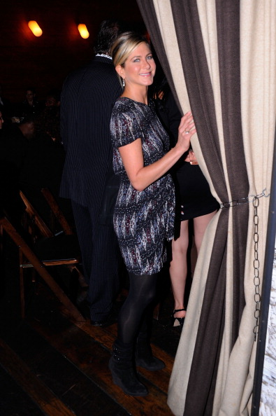 Charity Benefit「Artists For Haiti Dinner To Benefit The Stiller Foundation - Arrivals」:写真・画像(2)[壁紙.com]