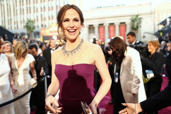 紫「85th Annual Academy Awards - Red Carpet」:写真・画像(1)[壁紙.com]