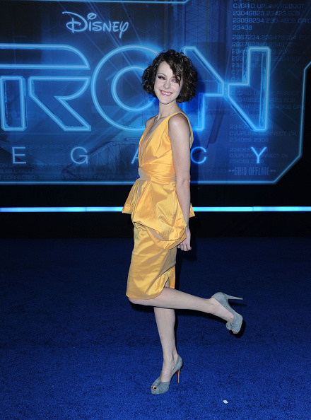 "V-Neck「World Premiere Of Walt Disney's ""TRON: Legacy"" - Arrivals」:写真・画像(18)[壁紙.com]"