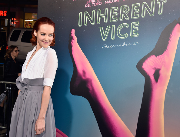 "Three Quarter Length「Premiere Of Warner Bros. Pictures' ""Inherent Vice"" - Arrivals」:写真・画像(19)[壁紙.com]"
