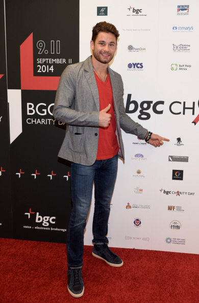 Christopher Algieri「Annual Charity Day Hosted By Cantor Fitzgerald And BGC - BGC Office」:写真・画像(0)[壁紙.com]