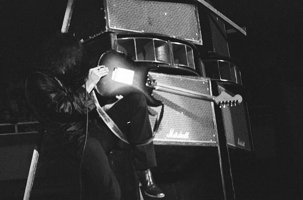 楽器「Ritchie Blackmore Playing Guitar With Deep Purple At Nippon Budokan」:写真・画像(18)[壁紙.com]