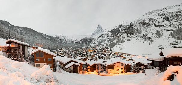 Chalet「Zermatt. Switzerland」:スマホ壁紙(16)