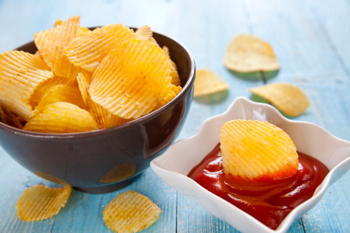 Scalloped - Pattern「Potato chips with ketchup」:スマホ壁紙(2)