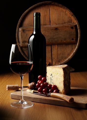 Drinking「Cheese and Wine Elegance」:スマホ壁紙(19)