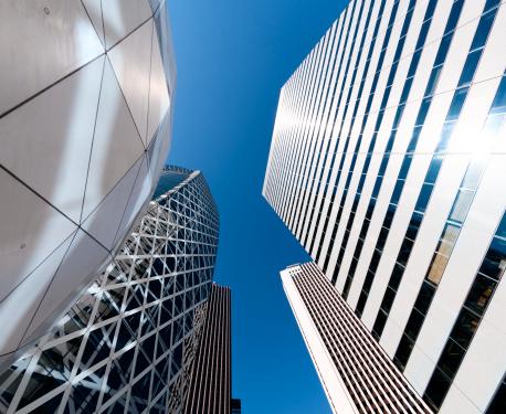 Japan「高層ビル、オフィスビルが上向きの眺め」:スマホ壁紙(2)