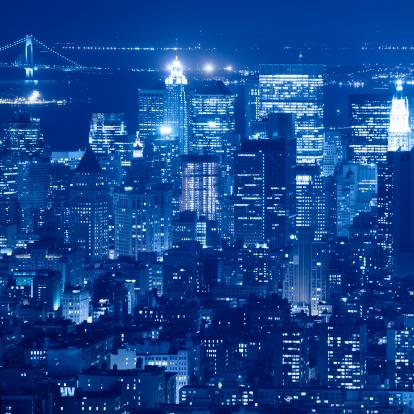 Avenue「skyscraper skyline of downtown manhattan at night」:スマホ壁紙(14)