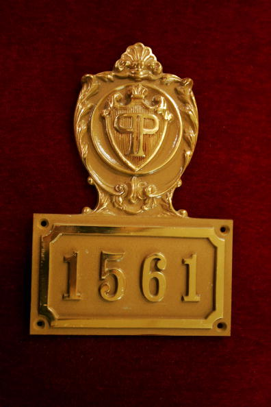 Michael Nagle「Christies Auctions Off Plaza Hotel Artifacts」:写真・画像(5)[壁紙.com]