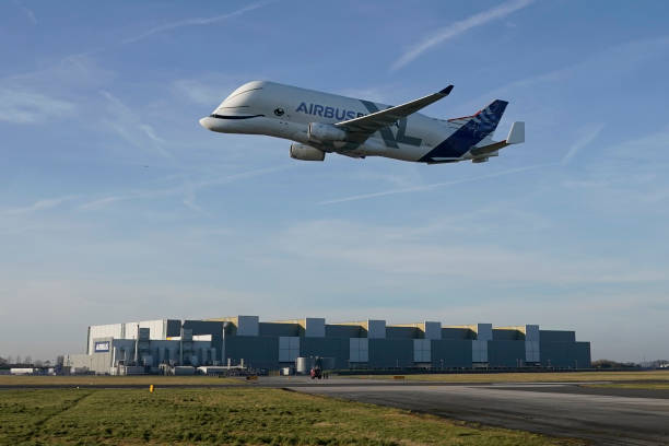BelugaXL Airbus Flies Into Airbus Broughton:ニュース(壁紙.com)
