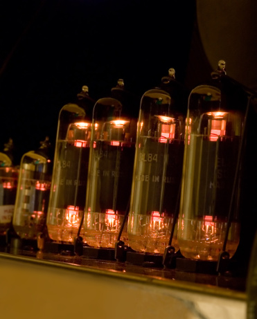 Rock Music「Vacuum tubes glowing」:スマホ壁紙(11)
