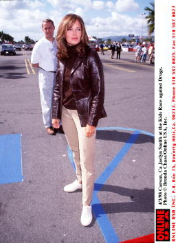 Jaclyn Smith「4/3/98 Carson, Ca Jaclyn Smith at the Kmart Kids Race against Drugs.」:写真・画像(18)[壁紙.com]