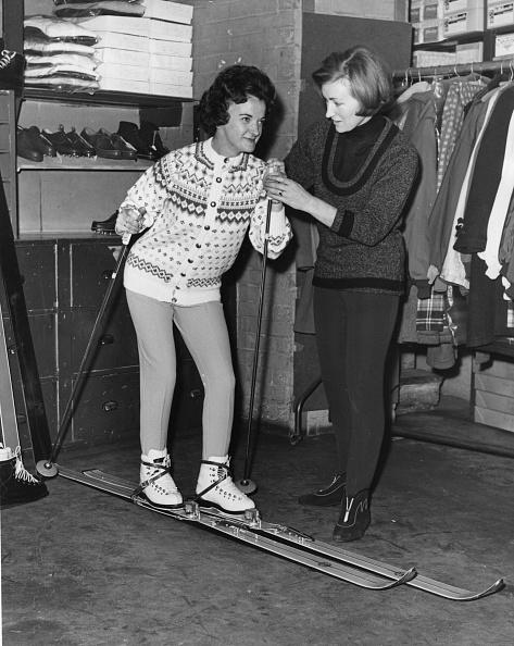 Ski-Wear「Sports Shop」:写真・画像(11)[壁紙.com]