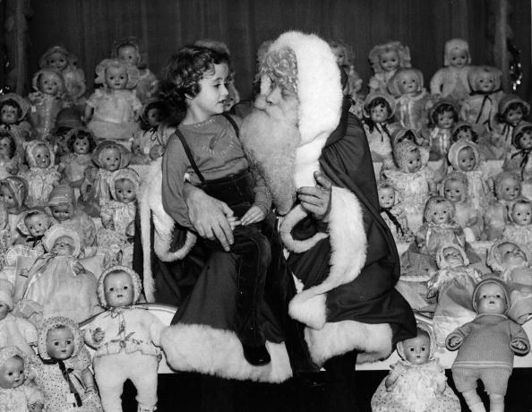 Santa Claus「Sea Of Dolls」:写真・画像(15)[壁紙.com]