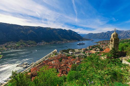 Cruise - Vacation「Kotor, Montenegro, Adriatic Sea」:スマホ壁紙(16)