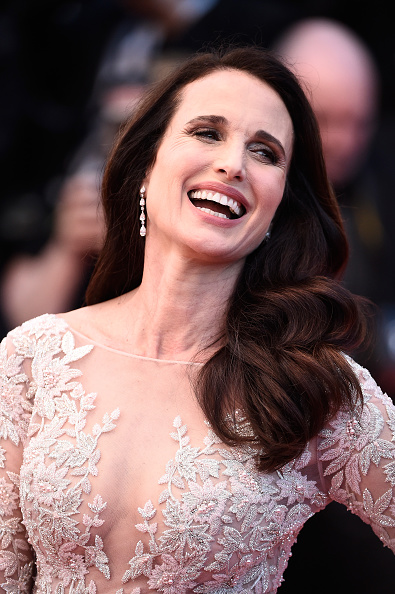"Andie MacDowell「""The Sea Of Trees"" Premiere - The 68th Annual Cannes Film Festival」:写真・画像(6)[壁紙.com]"