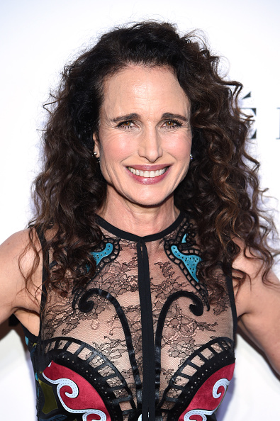 Andie MacDowell「2018 Glamour Women Of The Year Awards: Women Rise - Arrivals」:写真・画像(16)[壁紙.com]