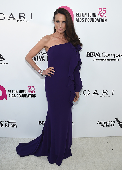 Andie MacDowell「26th Annual Elton John AIDS Foundation Academy Awards Viewing Party sponsored by Bulgari, celebrating EJAF and the 90th Academy Awards - Red Carpet」:写真・画像(15)[壁紙.com]
