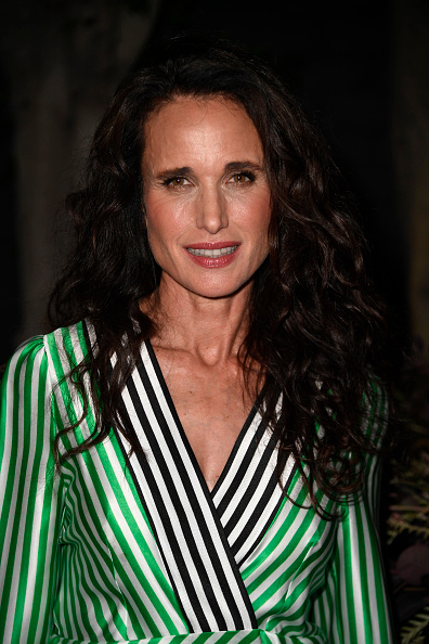 Andie MacDowell「Women's Brain Health Initiative 100th Anniversary Of Women's Suffrage Gala - Arrivals」:写真・画像(4)[壁紙.com]