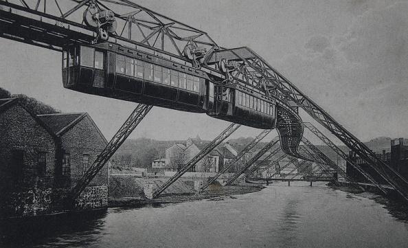 1900-1909「Wuppertal. Suspension Railway Elberfeld-Vohwinkel. At Westend. About 1905. Photograph.」:写真・画像(18)[壁紙.com]