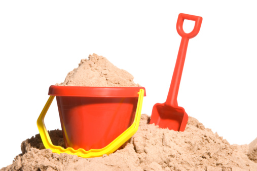 Sand Pail and Shovel「Bucket and spade with sand」:スマホ壁紙(10)